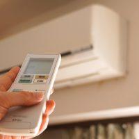 賃貸アパートでエアコンを増設したい場合は誰に連絡する?